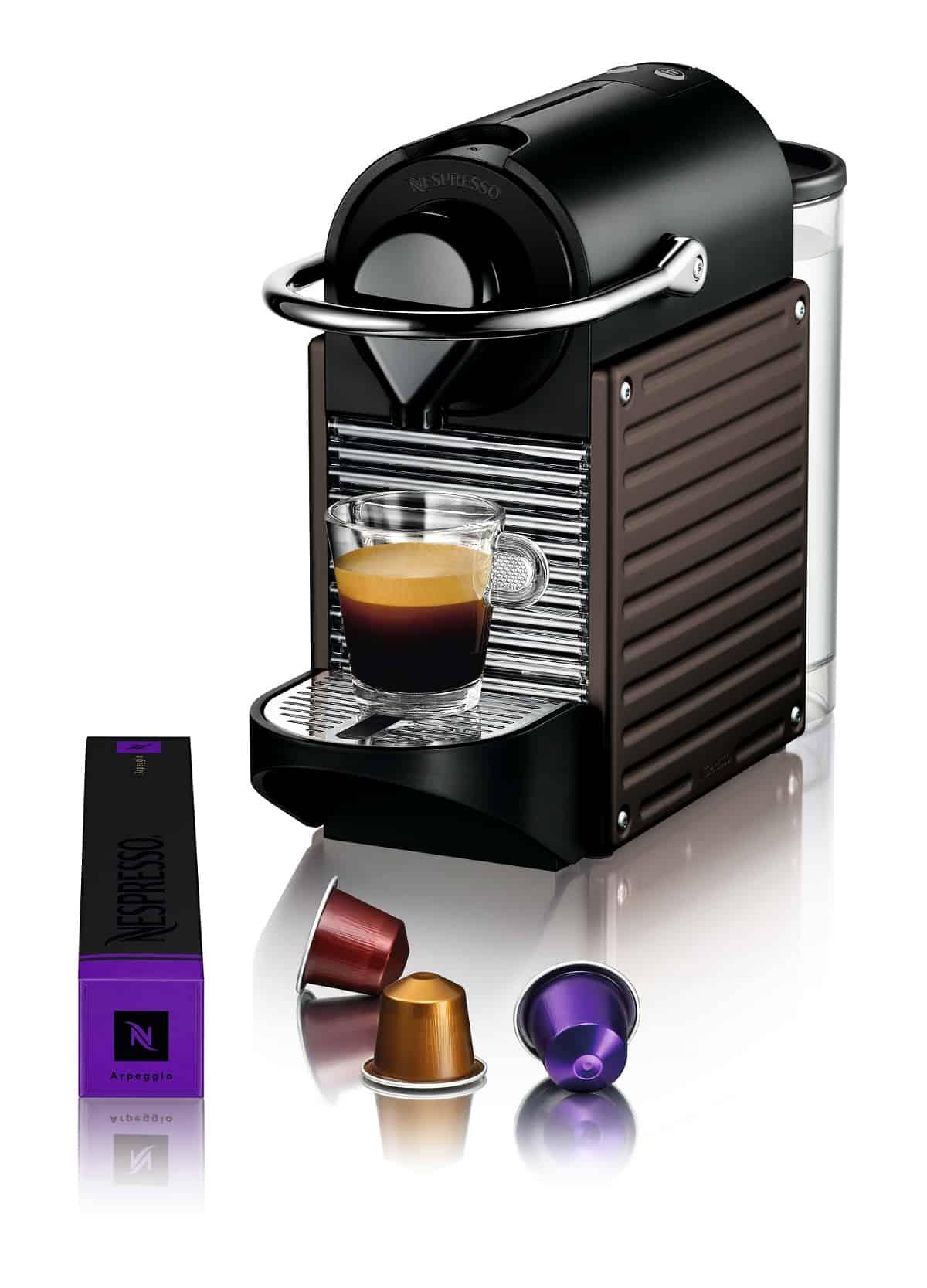 PIXIE, le due nuove macchine Nespresso fatte con capsule riciclate