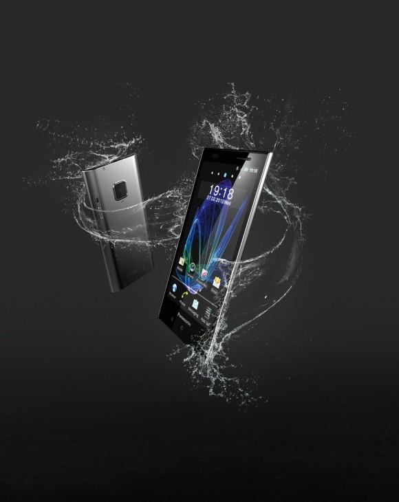 Arriva in Italia ELUGA, il nuovo smartphone Panasonic