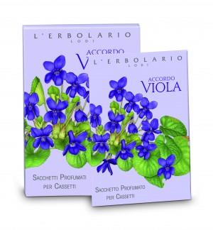 Accordo Viola, la linea Erbolario che contiene tutta la tenerezza e la sensualità del fiore