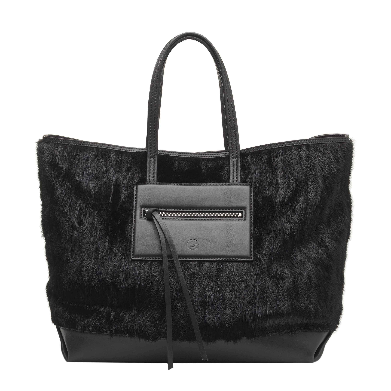 Morbide borse in visone regalano un accento di lusso all' inverno 2012!