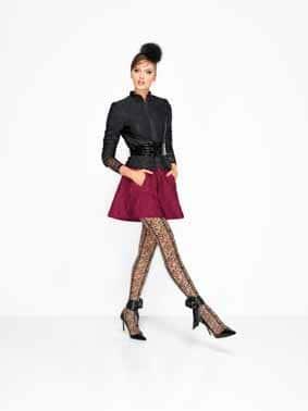 WOLFORD: contrasti di stili si alternano per una silhouette sensuale e femminile
