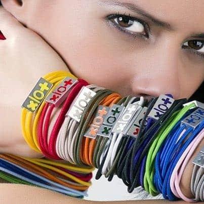 xlo+(perlopiù): l' accessorio in tantissimi colori, perfetto da abbinare alle mises estive!