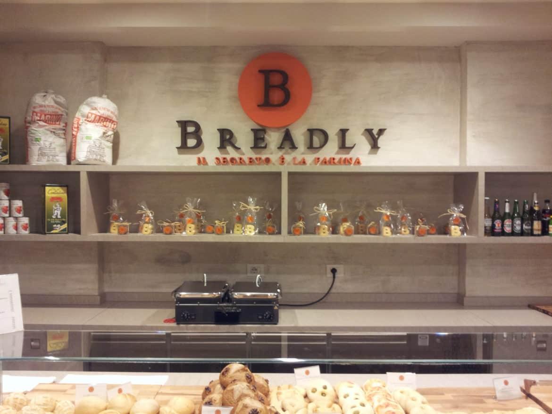 """Farine macinate a pietra ed ingredienti Presidi Slow Food nelle pizze e nel pane di Breadly, la nuova """"bakery on the go"""""""