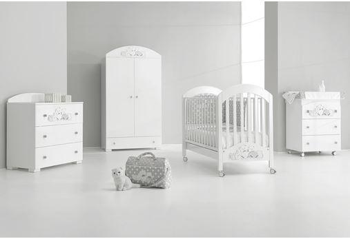 Cameretta pisoloni per dormire tranquilli in compagnia dei teneri orsetti delle favole le for Decori per camerette neonati