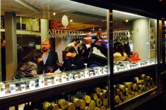 Inaugurato a Milano TARTUFOTTO, il luogo dove il tartufo viene declinato in mille modi!