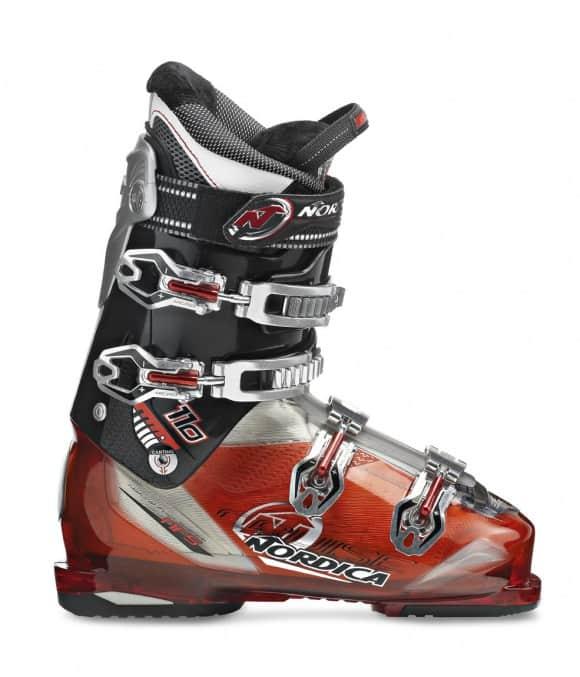 Da Nordica sci e scarponi per ogni esigenza, dalla neve fresca al freeski