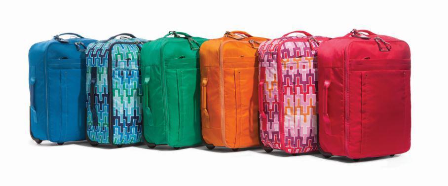 L'interior designer americano Jonathan Adler disegna le più nuove Tumi bags