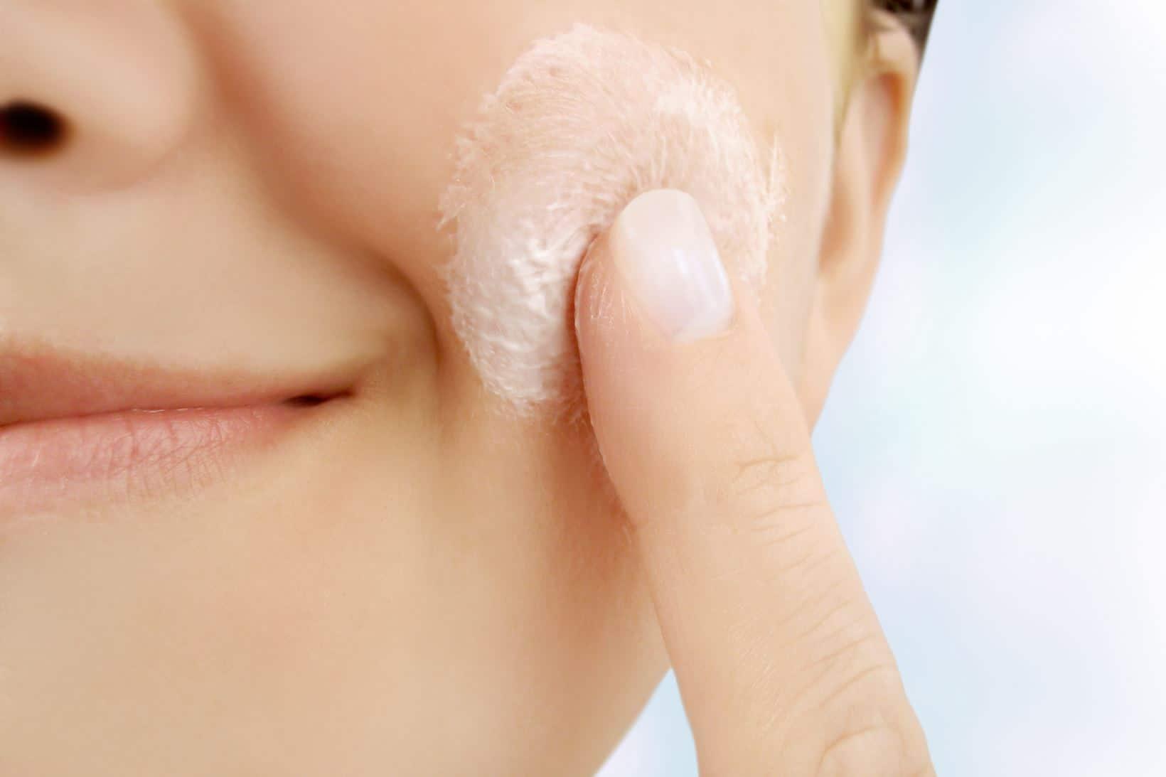 Masque Crème Relaxant di Eisenberg, per un viso dalla pelle luminosa e priva di imperfezioni