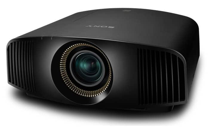 Sony lancia tre nuovi proiettori per home cinema