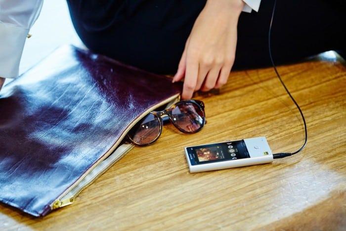 Sony presenta il nuovo Walkman® NW-ZX100HN