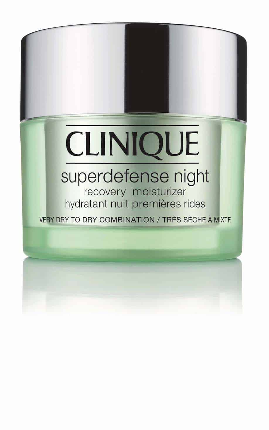 Superdefense Night Recovery Moisturizer by Clinique è la formula vincente per una pelle idratata e sempre giovane