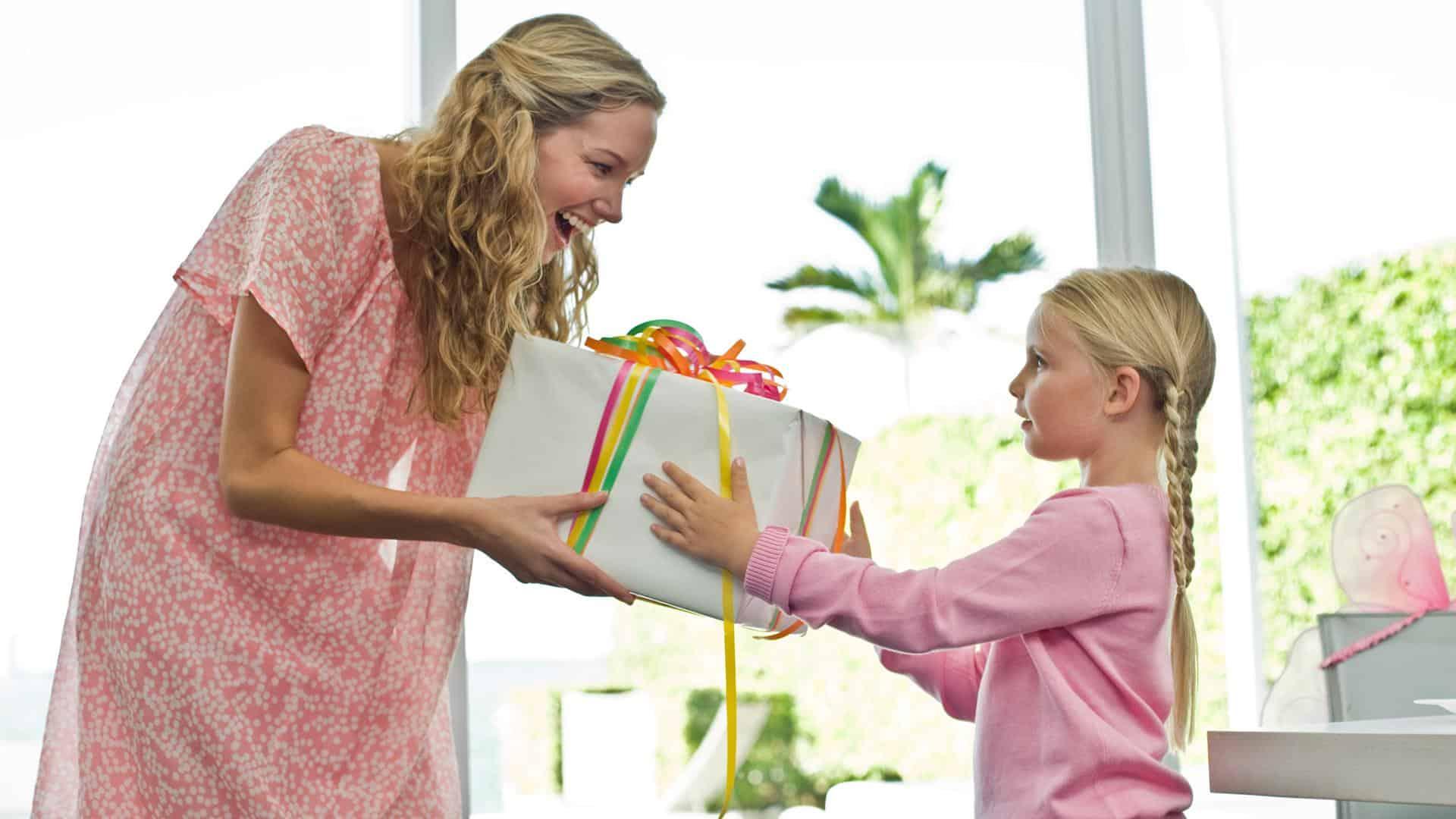 Il regalo per la Festa della Mamma? Ecco una piccola guida per sceglierlo!