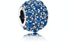 Quest'anno il blu è il colore del Natale: te lo suggerisce Pandora!