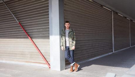 Proposta da Timberland l'iconica giacca militare americana M65