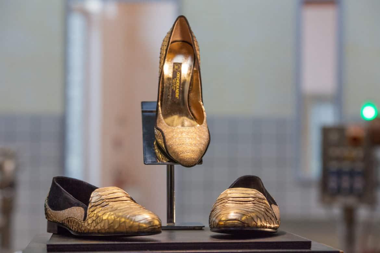 Cattleya, la luxury shoe in oro 24 carati e cristalli di Orchidea Nera Deluxe Brand