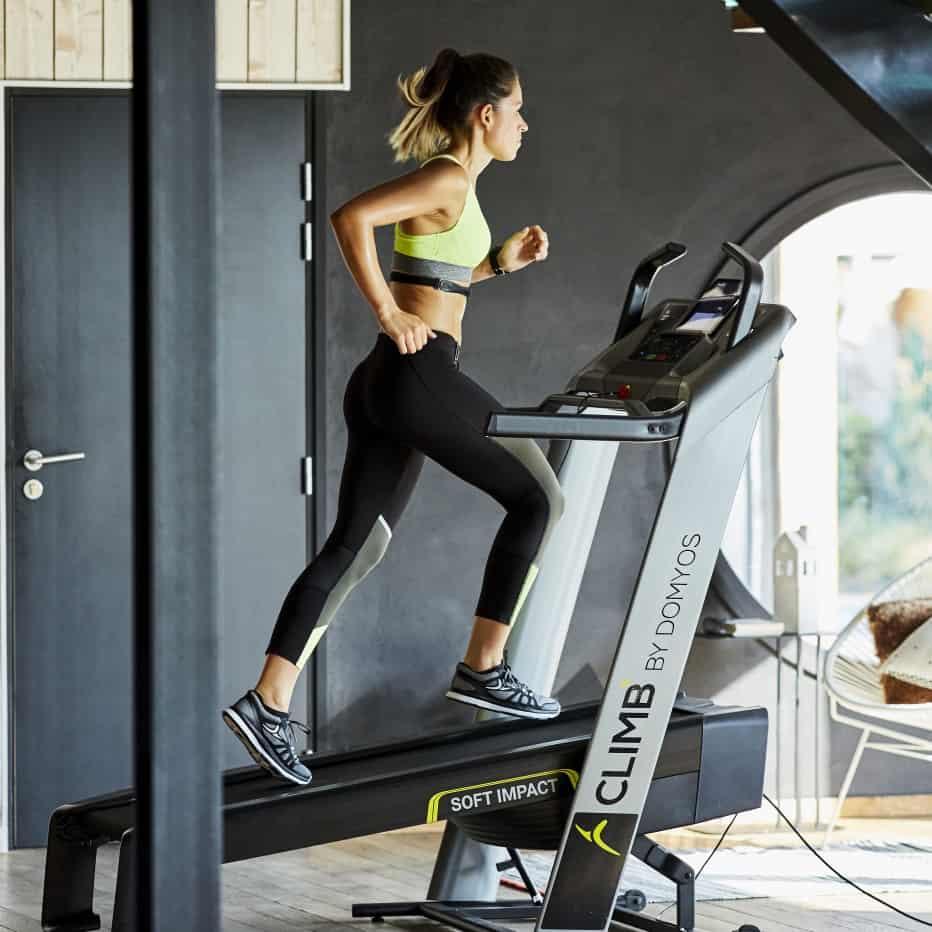 Con la nuova pedana da corsa T900A di Decathlon un 2018 all'insegna del fitness!