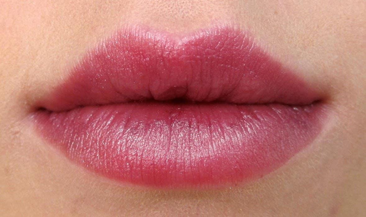 Dramatically Different Lipstick: il nuovo rossetto ad alta definizione di Clinique