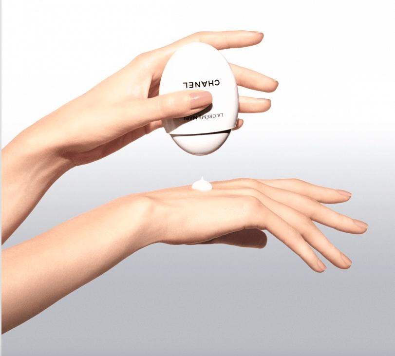 Crème Main Texture Riche di Chanel, una lussuosa coccola per le mani