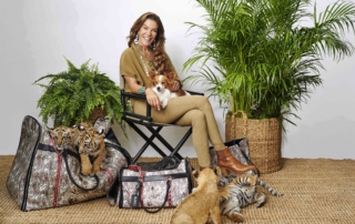 Black Jaguar White Tiger: l'esclusiva capsule collection dedicata ai pet firmata Carpisa e Fiona Swarovski