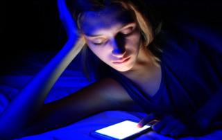 GUUDCURE: i prodotti per contrastare la temuta luce blu