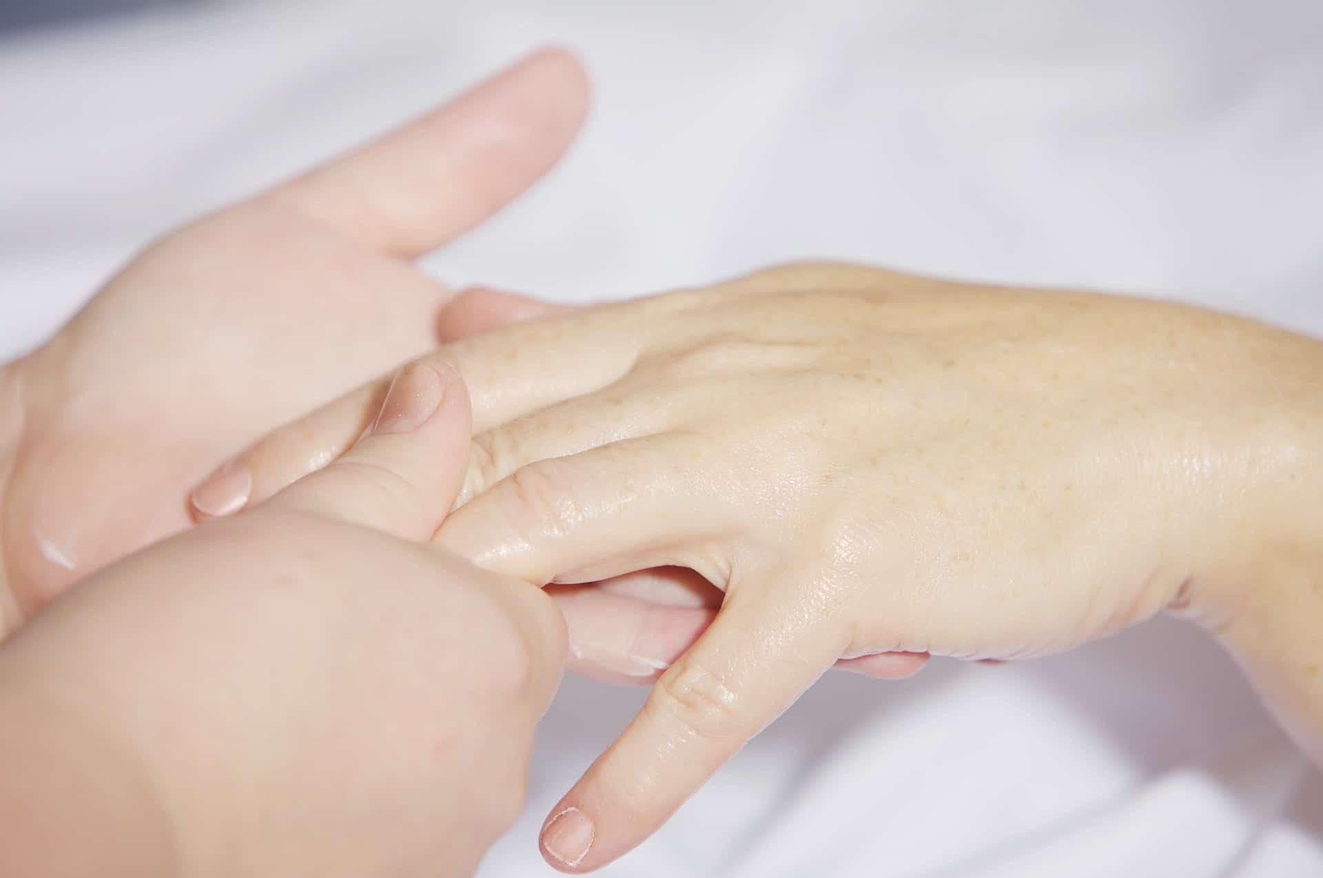 IncaRose My Hands: il mondo tra le mani
