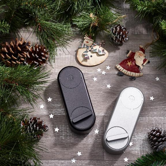 Smart Lock Linus® di Yale, per un Natale in sicurezza