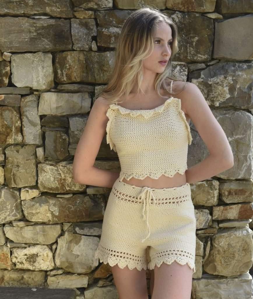 Bettaknit, costumi e beachwear all'uncinetto per l'estate