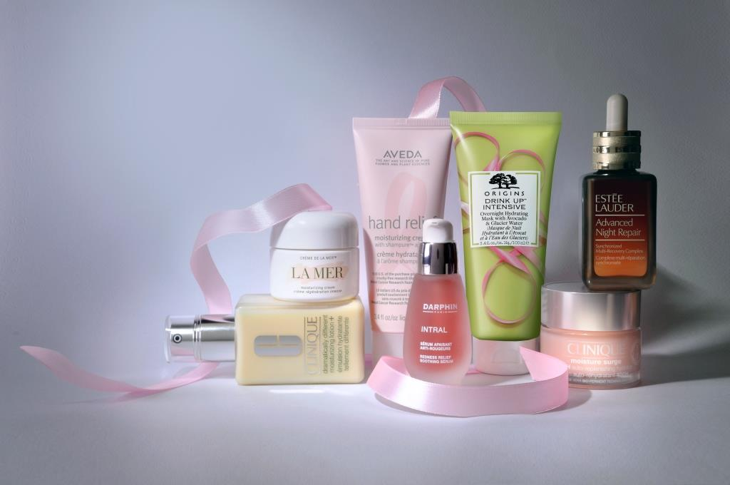 Breast Cancer Campaign 2021 di The Estée Lauder Companies: la Ambassador Cristina Parodi e i prodotti