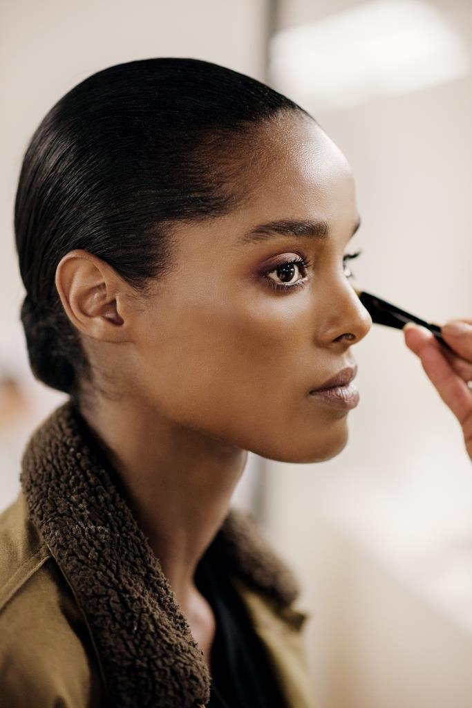 Chanel beauty primavera estate 2022: il backstage della sfilata